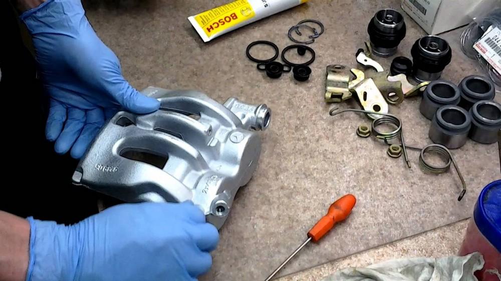 Ремонт тормозных суппортов автомобиля